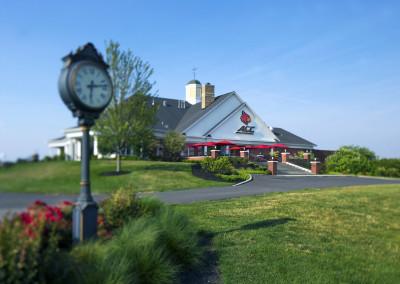 57076 Univeristy of Louisville Golf Club Shoot 2